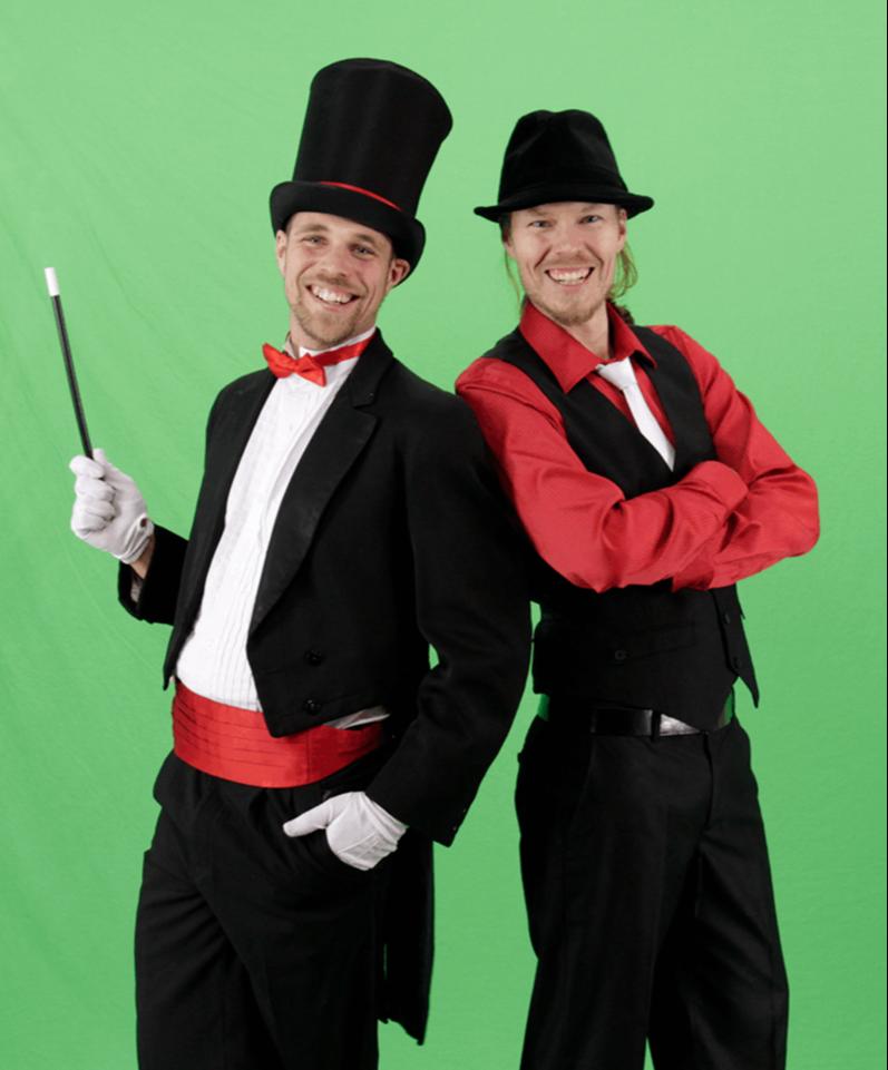 magicians-back2back-2-800x980